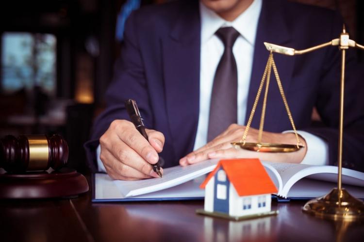 Акция! Бесплатная консультация юриста по недвижимости!